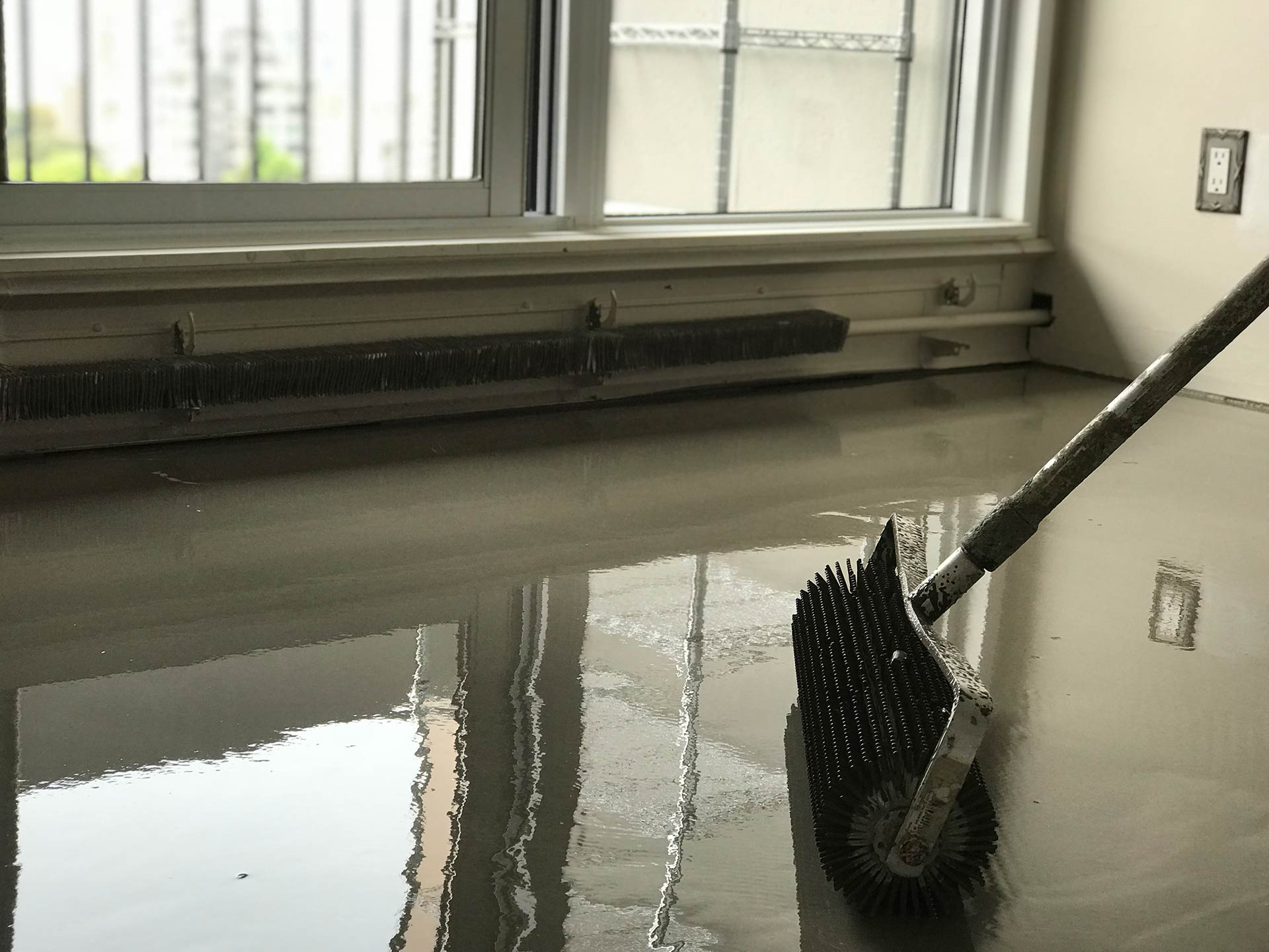 Repair, leveling floors: a selection of sites